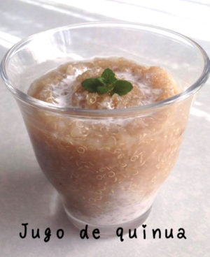 朝食にキヌアのジュースを